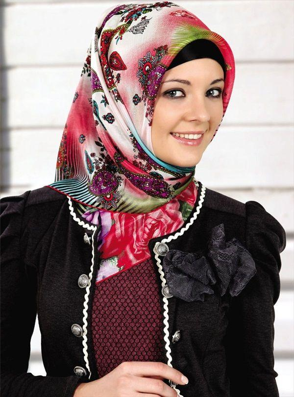 Turkish Hijab Styles Dark Colors