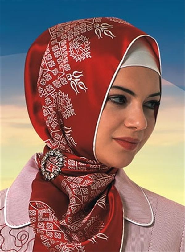 New Turkish Hijab Styles Dark Colors