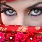 Light Beauty Tips to Make Small Scale Eyes Expression Even larger