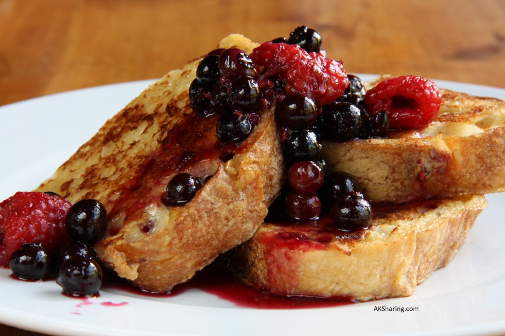 French Bread Toasted Along With Berry Fruit Compote